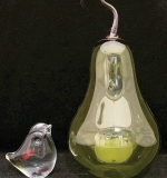 237. Two-piece Art Glass Grouping | $35.40