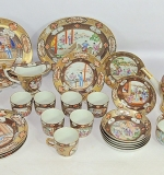 18th C. 24-piece Chinese export Rockefeller-pattern tea set. $38,720