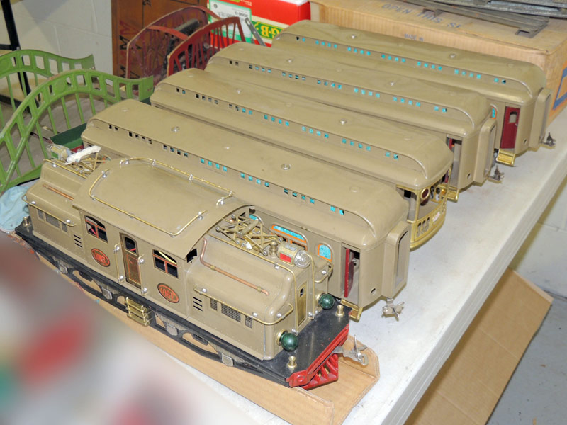 Lionel 408E 5-pc. Train Set with original boxes and some track. $1,840