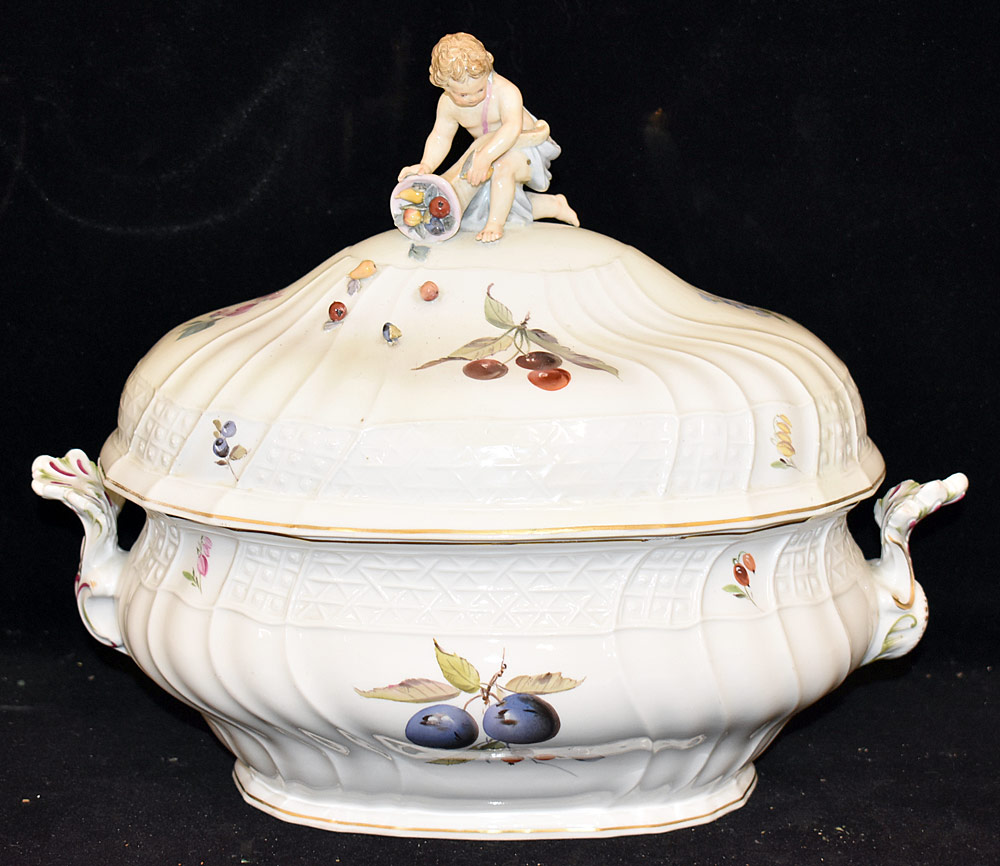 29. Meissen Porcelain Covered Tureen. $123