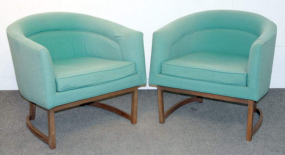 368. Pair of Milo Baughman/Thayer Coggin Club Chairs. $799.50