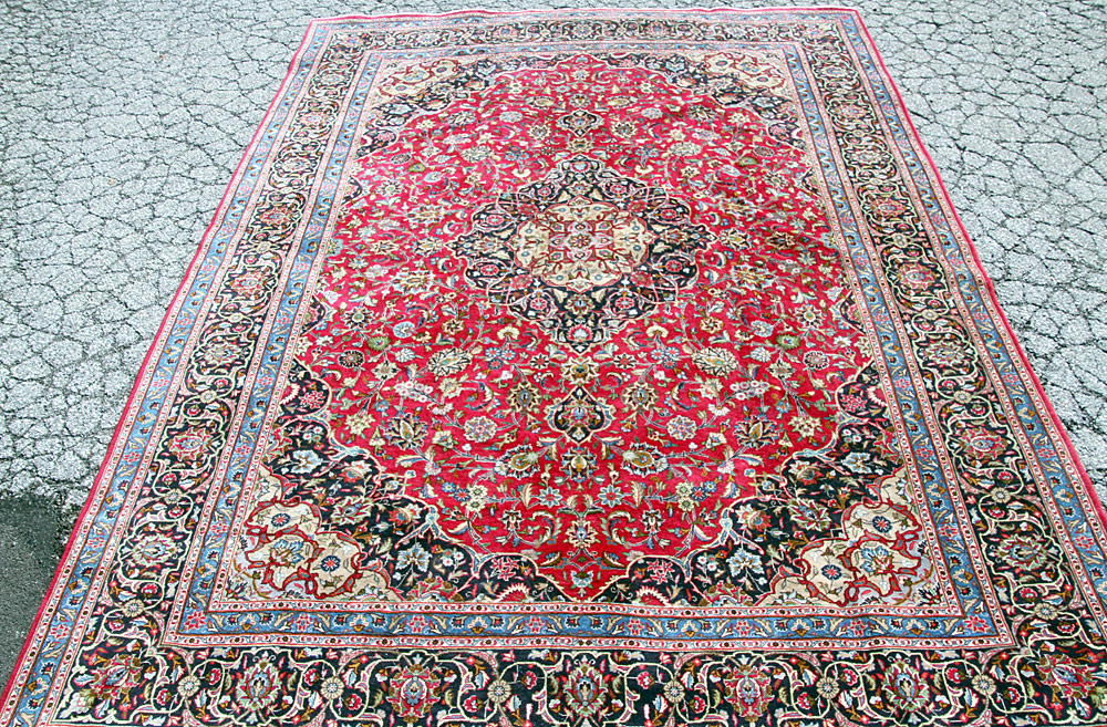 "371. Persian Kashmar Room-size Carpet, 9\'7"" x 13\'. $399.75"