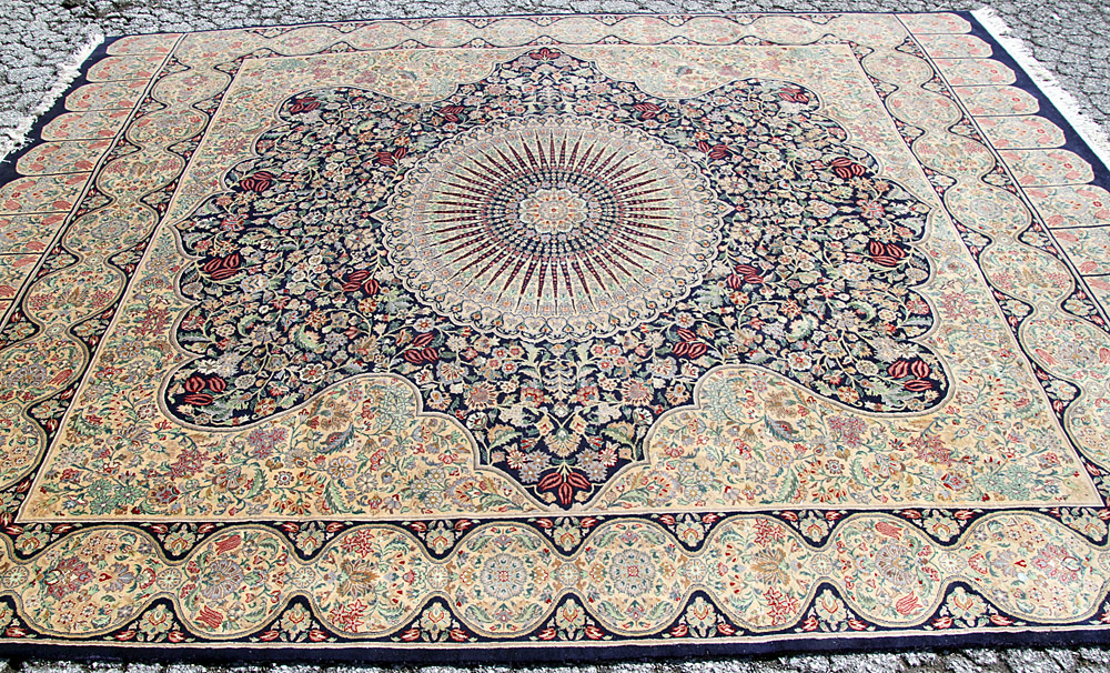 "385. Kirman Room-size Carpet, 9\' x 11\'7"". $676.50"
