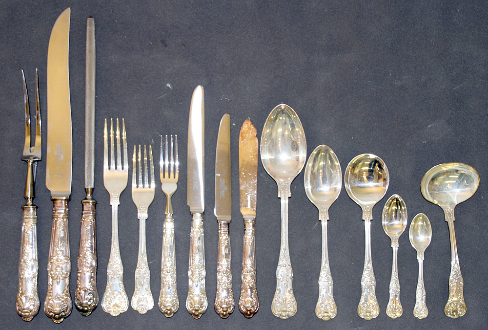 389. 89 Pcs. English Roberts & Belk Sterling Flatware. $2,360