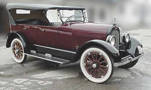 Stephens Salient Six Touring Sedan (Moline Plow Co., Indiana). $20,900
