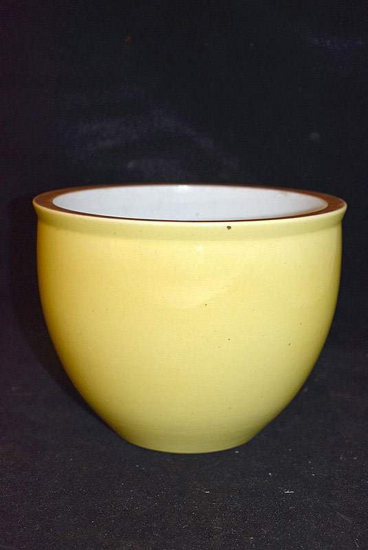 408. Chinese Porcelain Yellow Glazed Jardinière. | $184.50