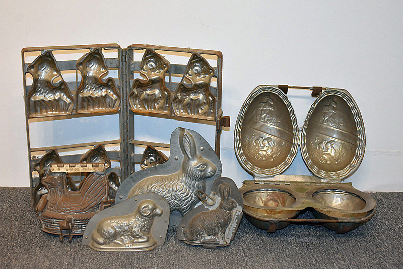 466. Six Easter Candy Molds. | $184.50