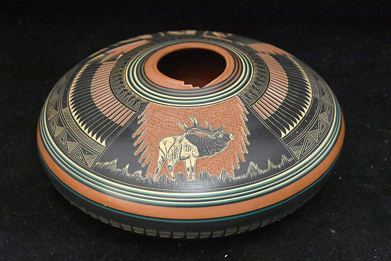522. Doreen Lansing Navajo Pottery Pot. | $82.60