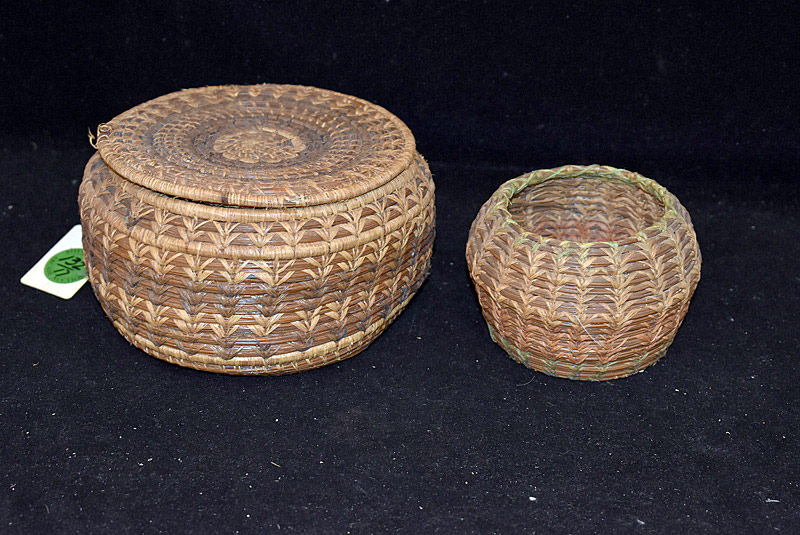 558. Pair of Native American Baskets. | $70.80
