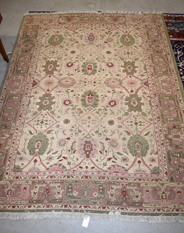 897. Oushak-style Room-size Carpet, 12ft x 9ft 3in. | $123
