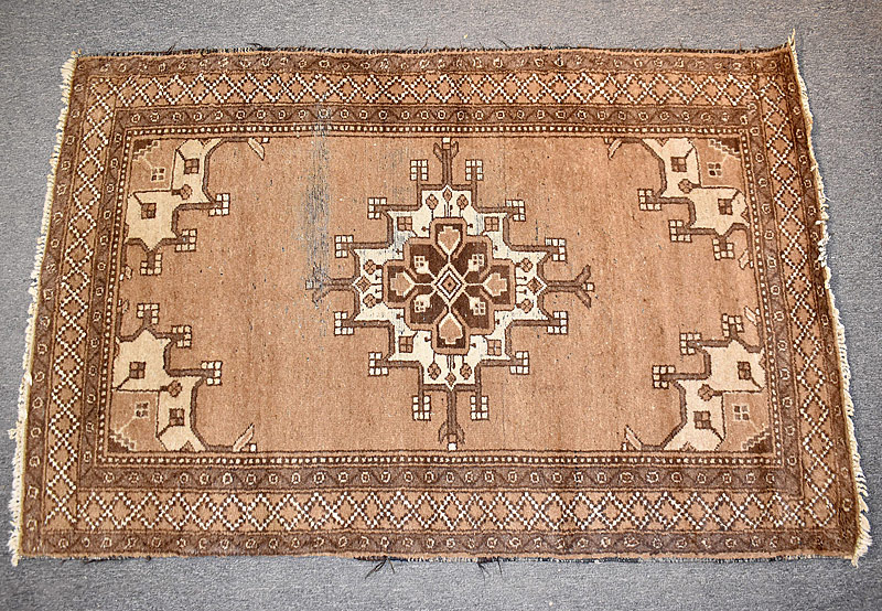 114. Iranian Area Carpet, 6ft 1in x 4ft 2in |  $70.80