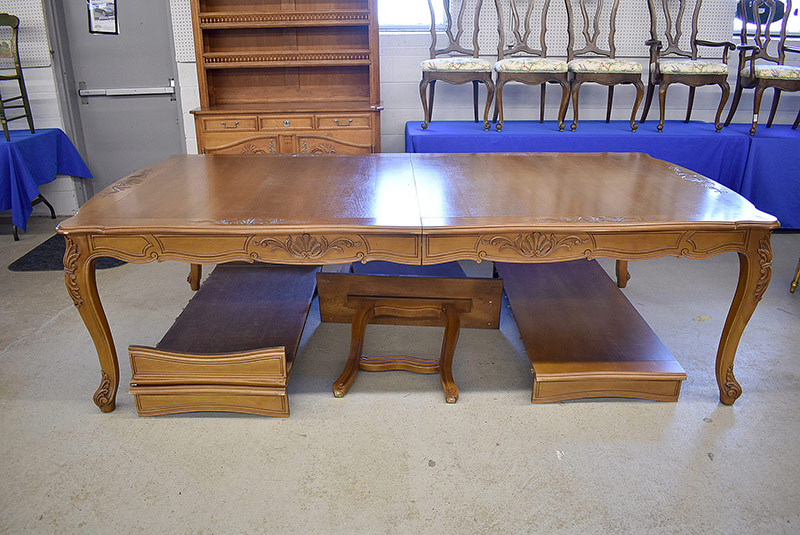 292. Stickley/E.J. Audi Cherry Prairie Settle |  $1,045.50