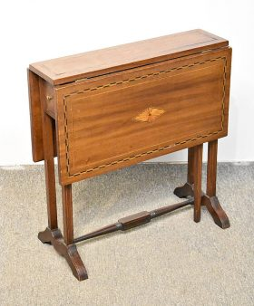 164. Antique Sheraton-style Drop-Leaf Stand    $61.50