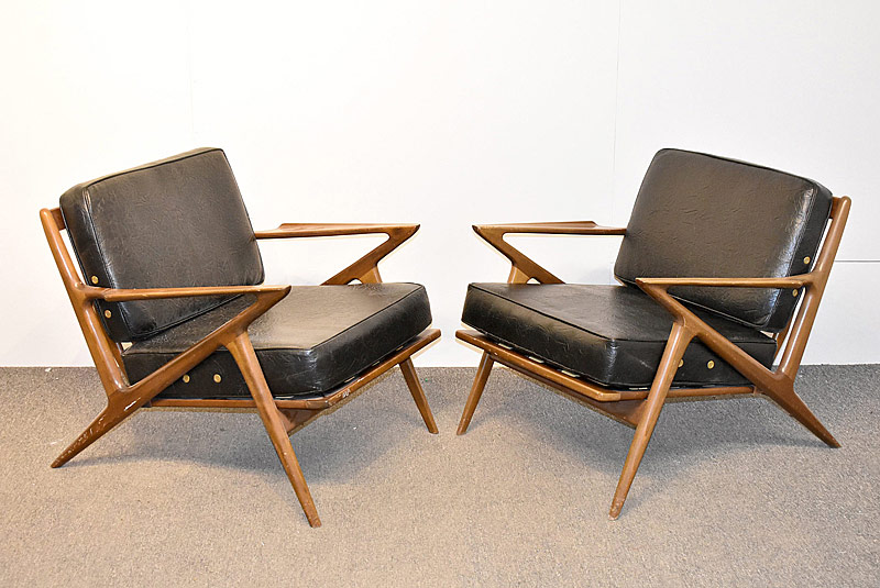 291. Pair of Poul Jensen Z Lounge Chairs |  $1,476